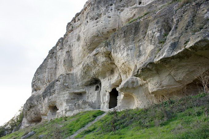 Чуфут-Кале, пещерный город, Крым
